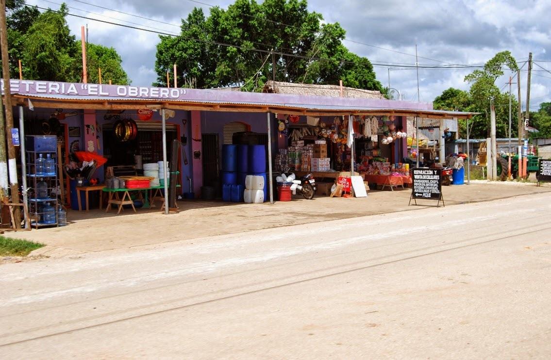 Gwatemala - w drodze do Flores
