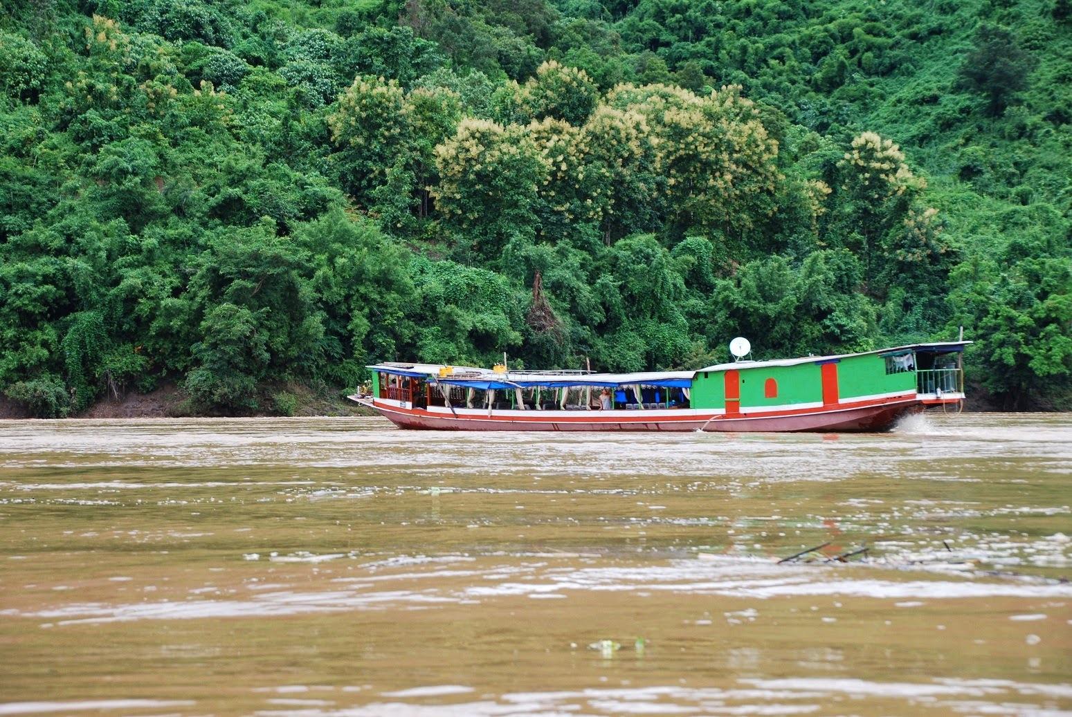 Laos - Mekong - W drodze do Luang Prabang