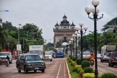 Laos - Vientiane- Łuk tryumfalny Patuxai